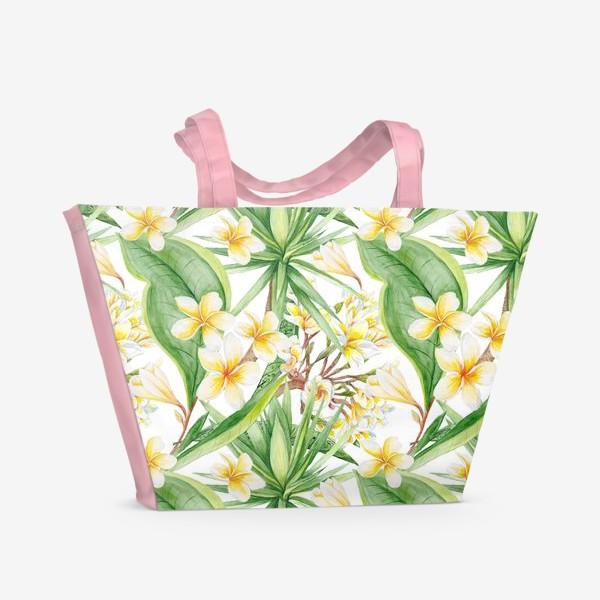Пляжная сумка «Тропический акварельный паттерн с юккой и плюмерией»