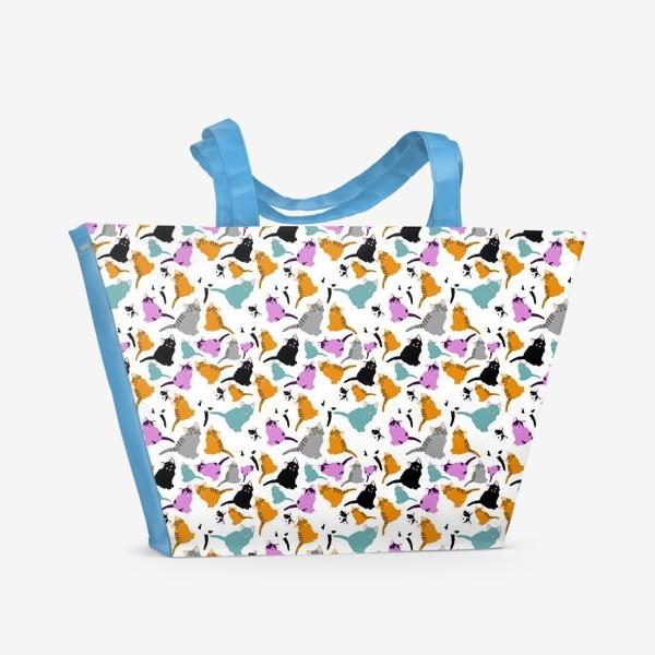 Пляжная сумка «маленькие котята. Узор из разноцветных котов.»