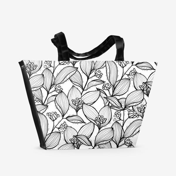 Пляжная сумка «Черно-белые ветки с листьями и ягодами»