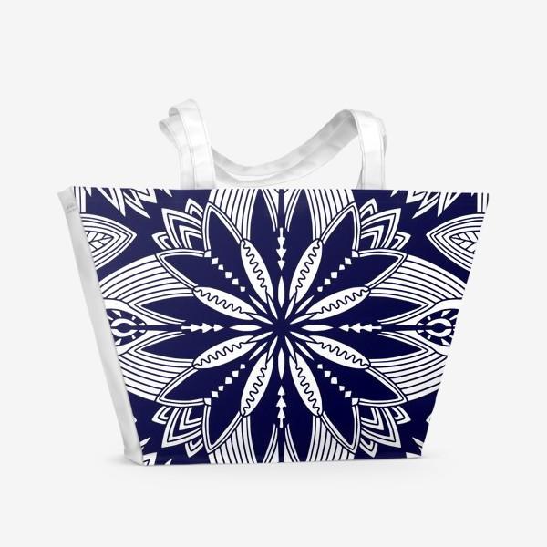 Пляжная сумка «Орнамент с абстрактными листьями. Квадратный узор. Мандала»