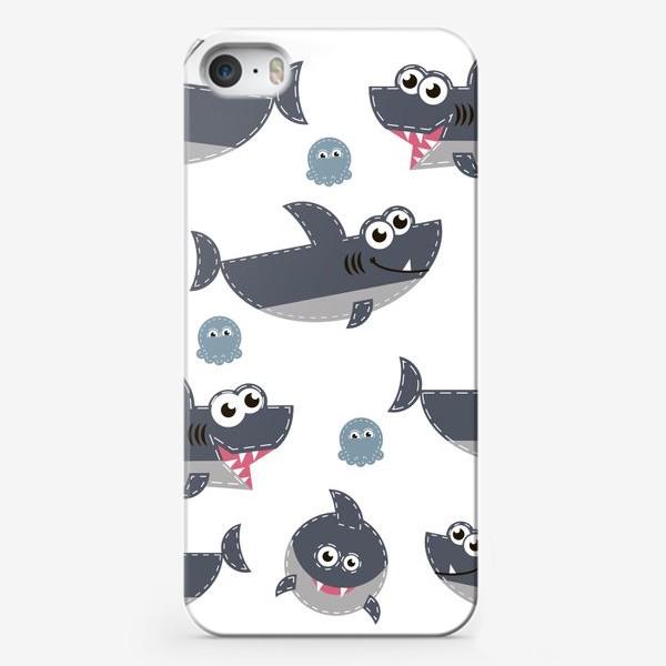Чехол iPhone «Акулы веселые и забавные»
