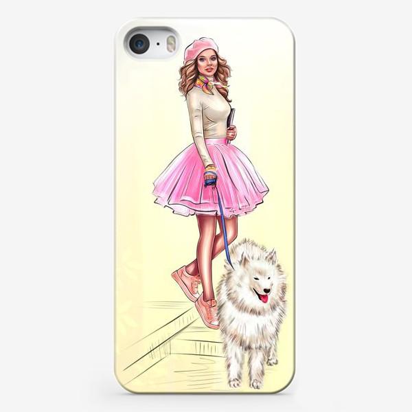 Чехол iPhone «Девушка с собакой»