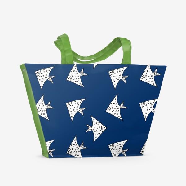 Пляжная сумка «Рыбы на синем фоне»