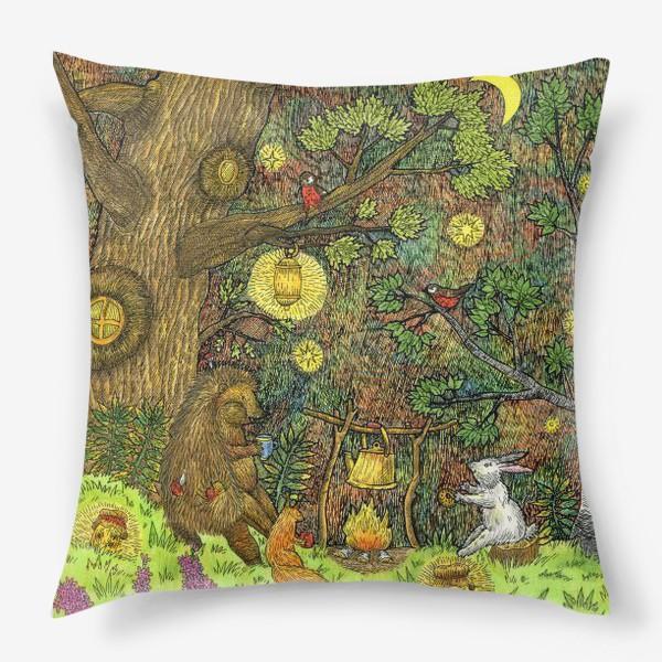 Подушка «Привал в лесу»