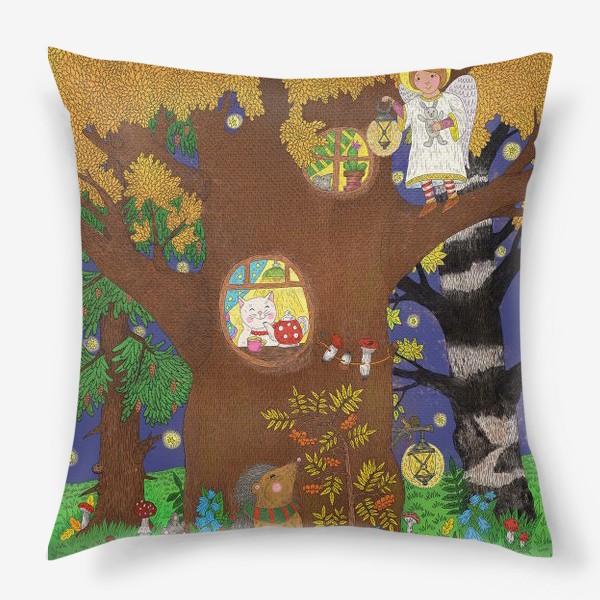 Подушка «Маленький ёжик в сказочном лесу»