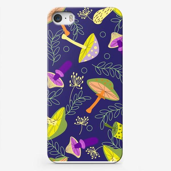 Чехол iPhone «Волшебные грибы»