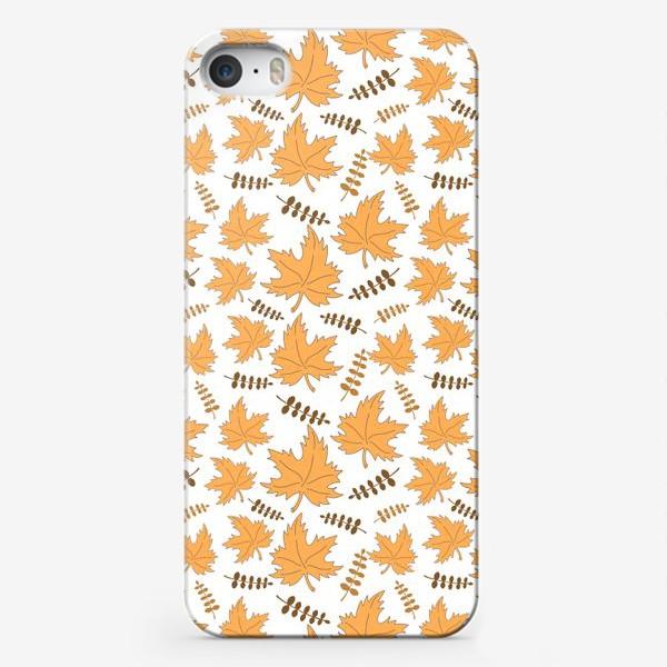 Чехол iPhone «Осенние листья клена и веточки»