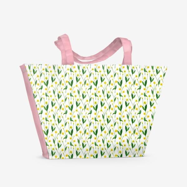 Пляжная сумка «Паттерн милые жёлтые акварельные полевые цветы, жёлтые лютики»