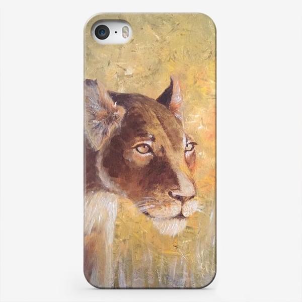 Чехол iPhone «Львица»