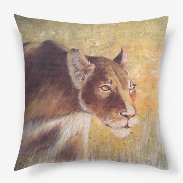 Подушка «Львица»