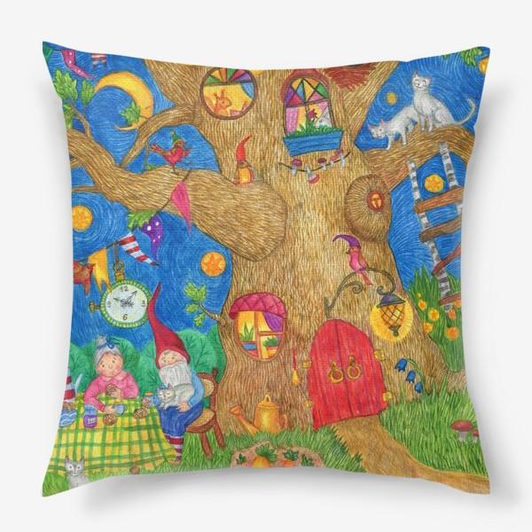 Подушка «Уютный вечер семьи гномов»
