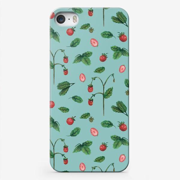 Чехол iPhone «Ягоды земляники на голубом фоне Лесной узор Паттерн Пастель»