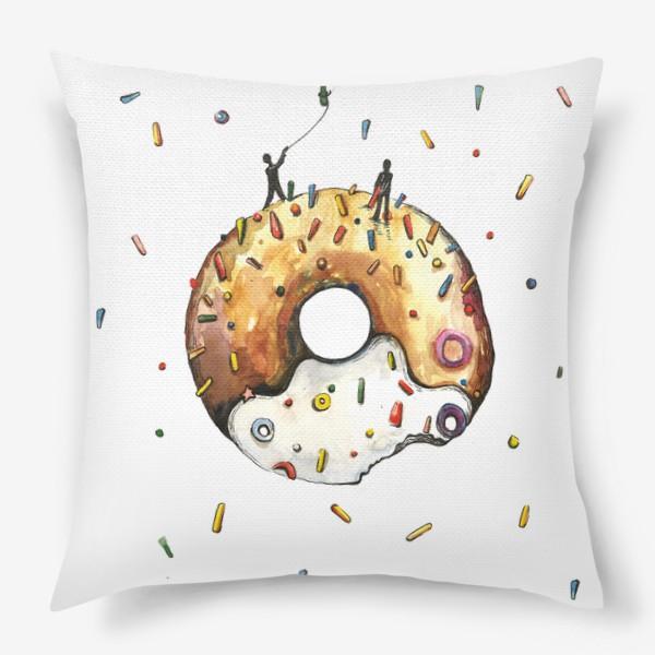 Подушка «Пончик и гравитация»