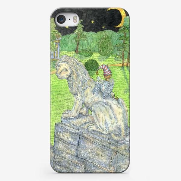 Чехол iPhone «Добрый Лев в Павловском парке»
