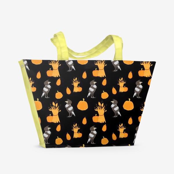 Пляжная сумка «Тыквы,урожай,вороны на черном фоне»