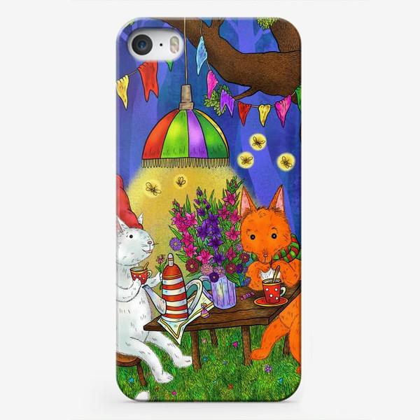 Чехол iPhone «Кот и лис пьют чай»