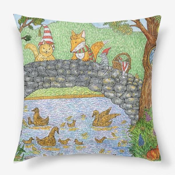Подушка «Лис и кот в парке»