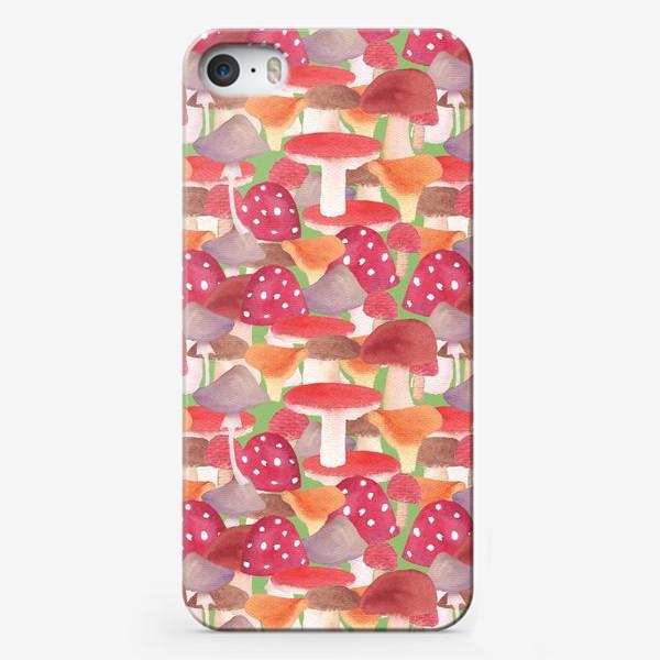 Чехол iPhone «Грибной лес. Поляна грибов»