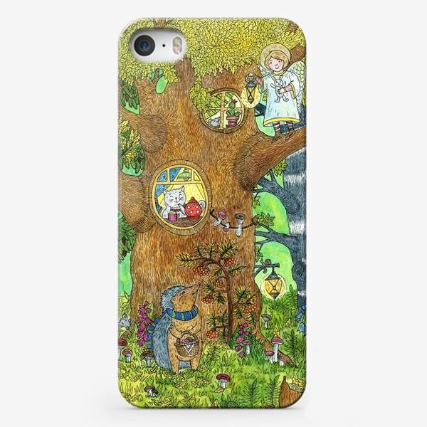 Чехол iPhone «Маленький ежик в волшебном лесу»