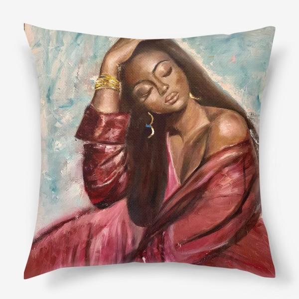 Подушка «Девушка»