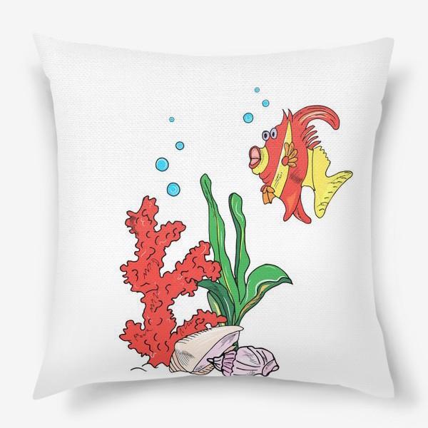 Подушка «красная рыбка и кораллы»