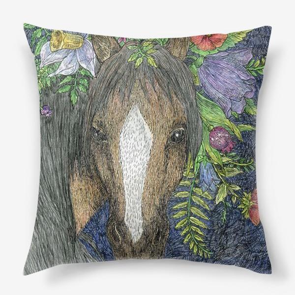 Подушка «Лошадь и цветы»