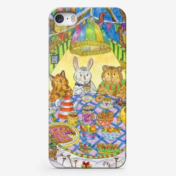 Чехол iPhone «Новогоднее чаепитие милых животных»