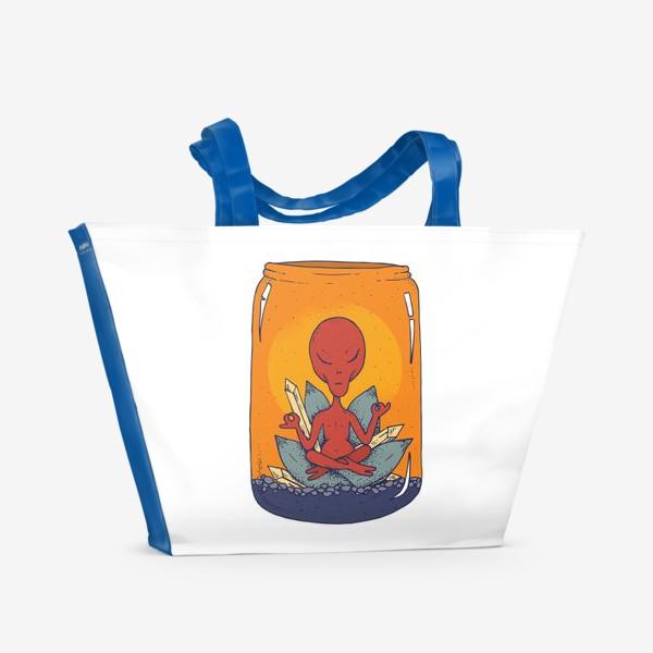Пляжная сумка «Медитация пришельца в банке»