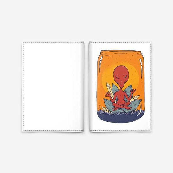 Обложка для паспорта «Медитация пришельца в банке»
