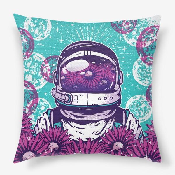 Подушка «Космонавт с цветами»