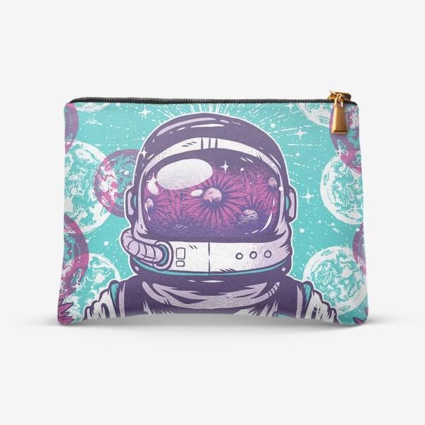 Косметичка «Космонавт с цветами»