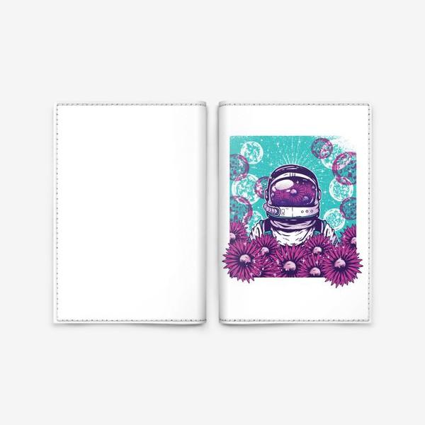Обложка для паспорта «Космонавт с цветами»