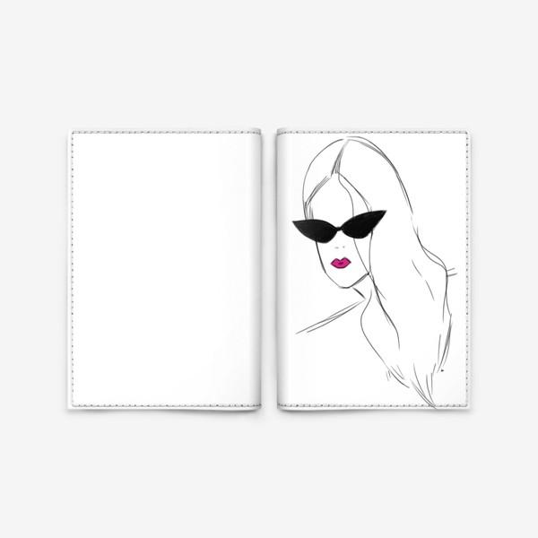 Обложка для паспорта «Девушка в черных очках. Fashion-girl»