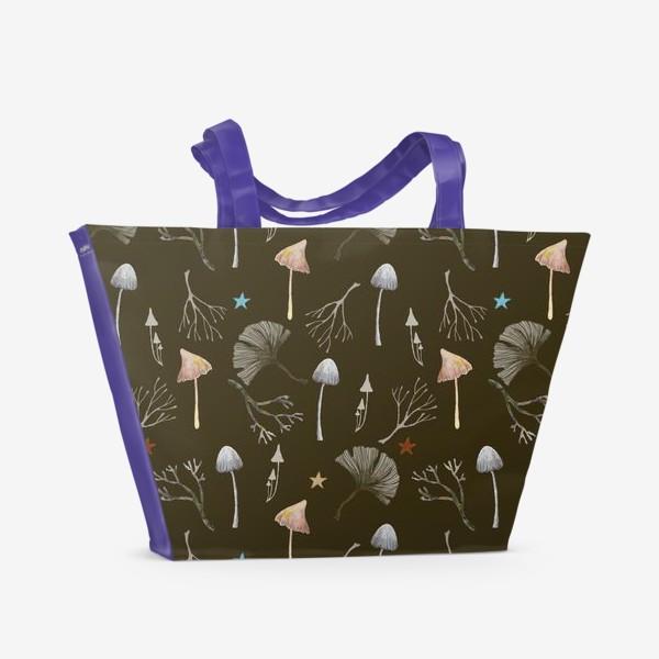 Пляжная сумка «Грибы, листья гинкго, веточки и звезды»