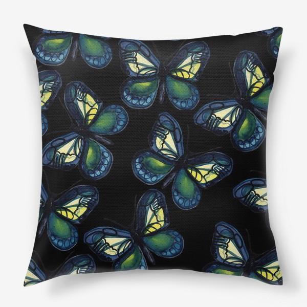 Подушка «Бабочки летней ночью»