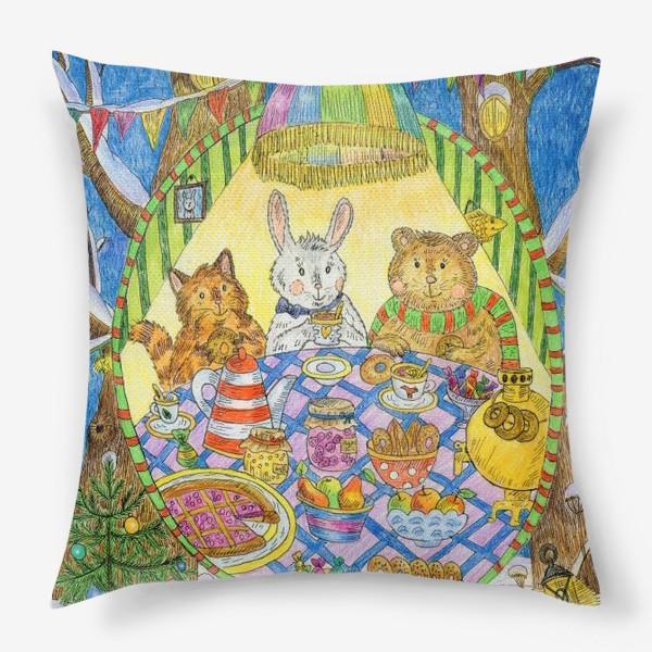 Подушка «Новогоднее чаепитие милых животных»
