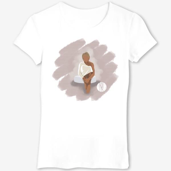 Футболка «Девушка на пуфе»