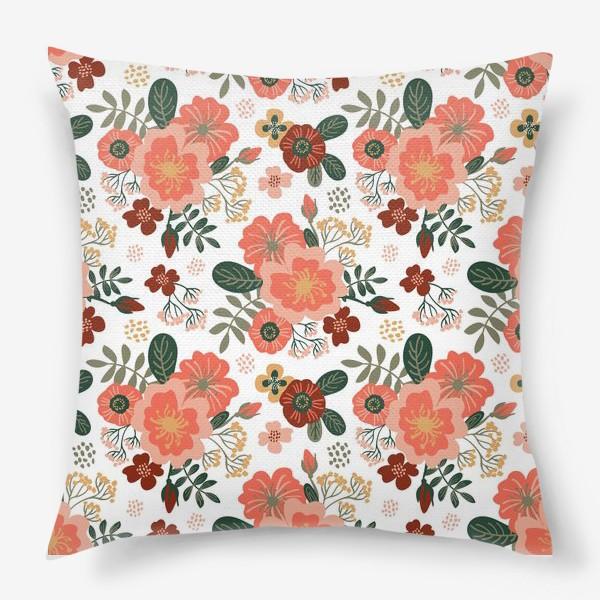Подушка «Красивые стилизованные розовые цветы на белом фоне»