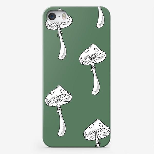 Чехол iPhone «мухоморы»