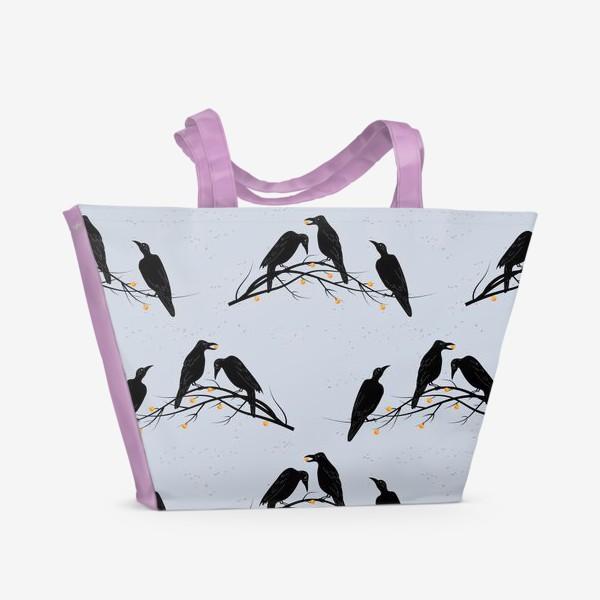 Пляжная сумка «Черные вороны на ветке с яблоками»