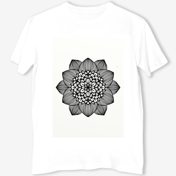 Футболка «Черно-белый геометрический цветок мандала»