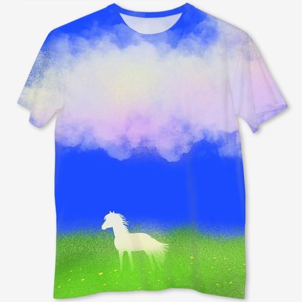 Футболка с полной запечаткой «Белая лошадь в поле»