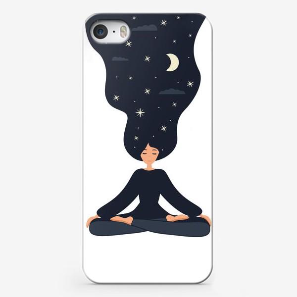Чехол iPhone «Йога. Девушка медитирует в позе лотоса. Ночь»