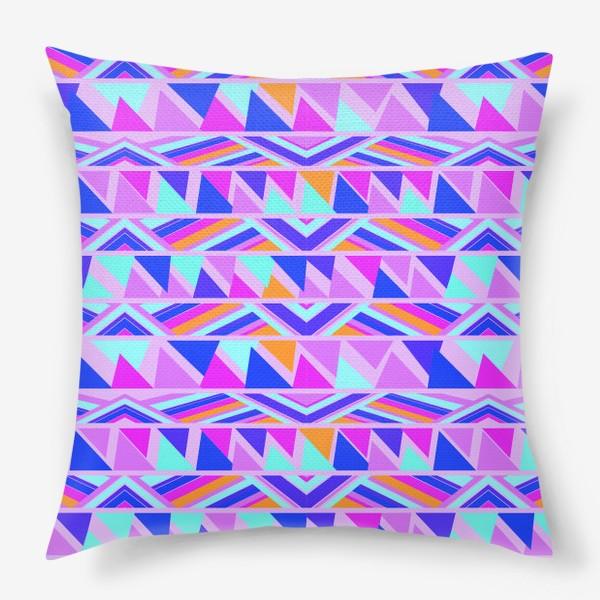 Подушка «геометрия в полосках»