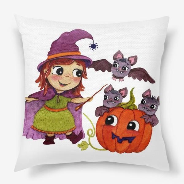 Подушка «Ведьмочка собирается на бал»