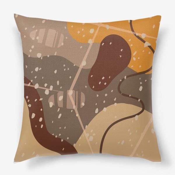 Подушка «Модный абстрактный узор в коричневых тонах пятнами, овалами, точками, линиями »