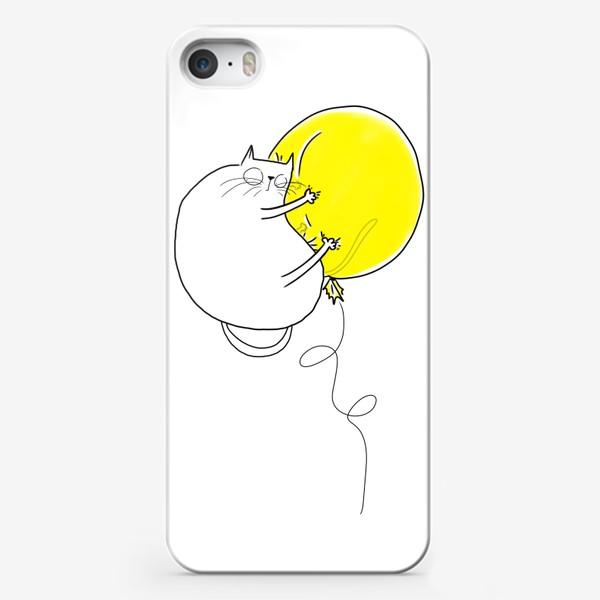 Чехол iPhone «Кот на желтом воздушном шаре»