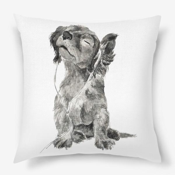 Подушка «Собака щенок спаниель в наушниках»