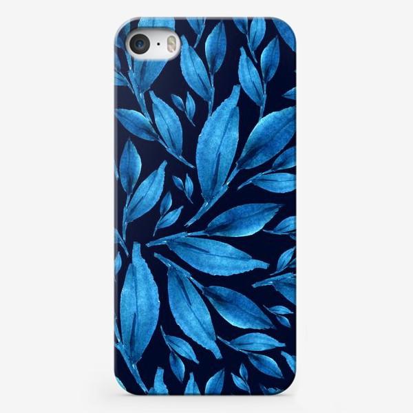 Чехол iPhone «Синие листья на черном фоне»