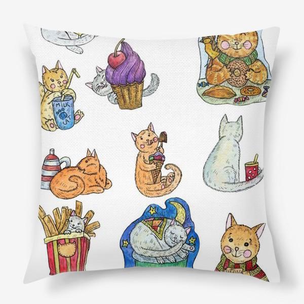 Подушка «Милые коты и сладости»